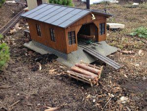 log-holder-outside